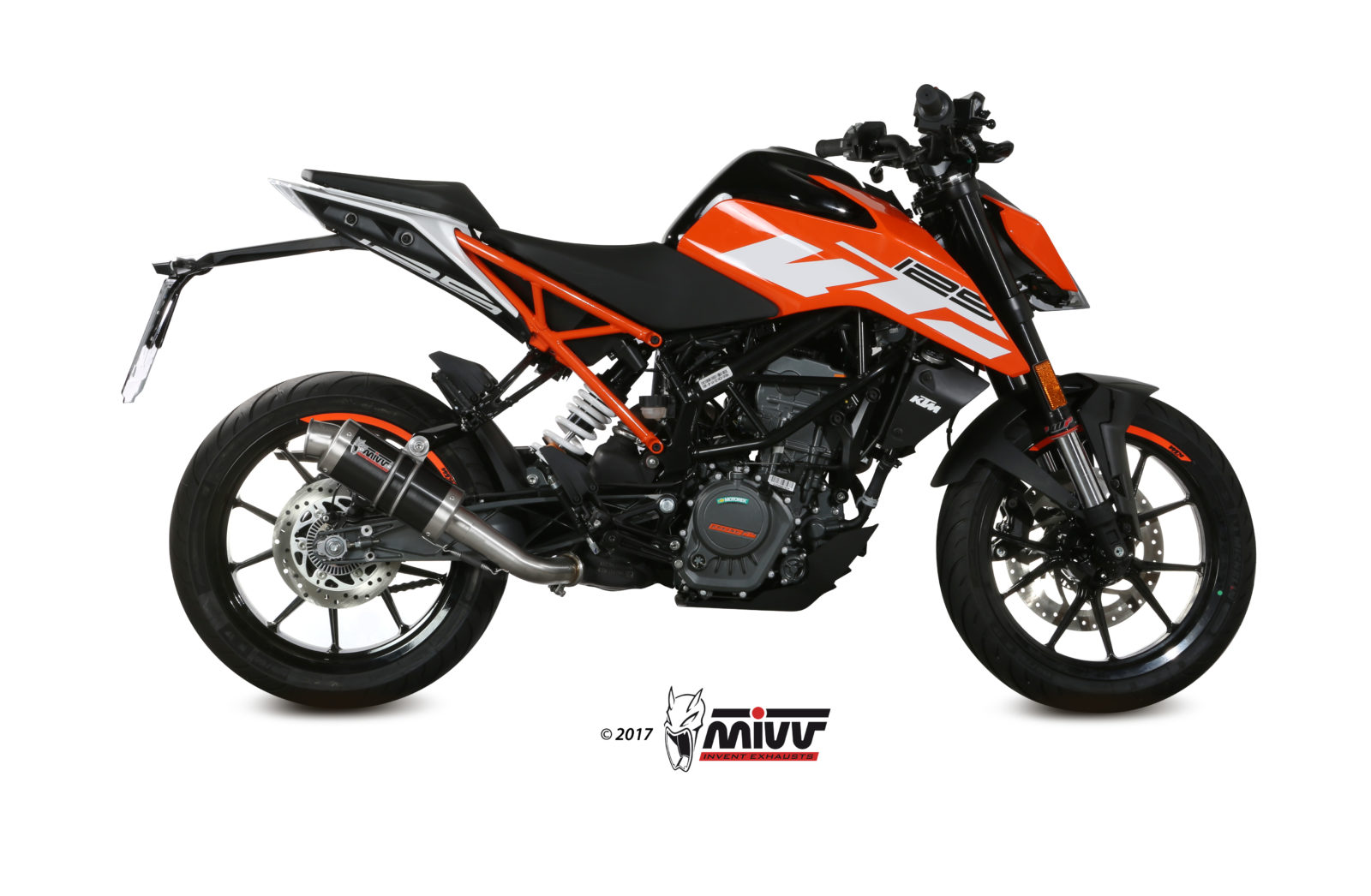 ktm 125 duke exhaust mivv gp carbon mivv. Black Bedroom Furniture Sets. Home Design Ideas